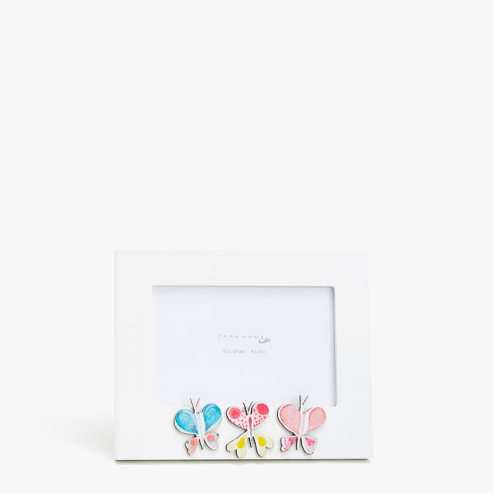FRAME WITH BUTTERFLIES