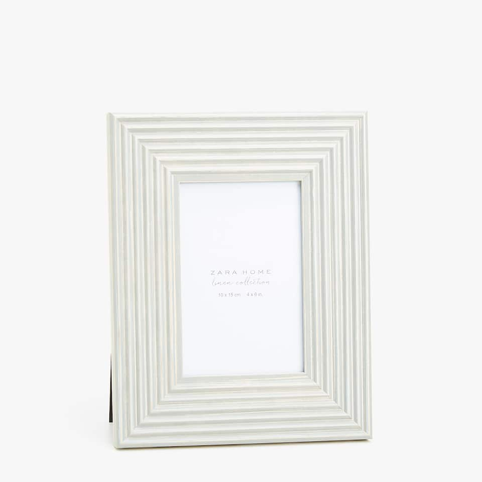 GREY FRAME WITH EMBOSSED STRIPES