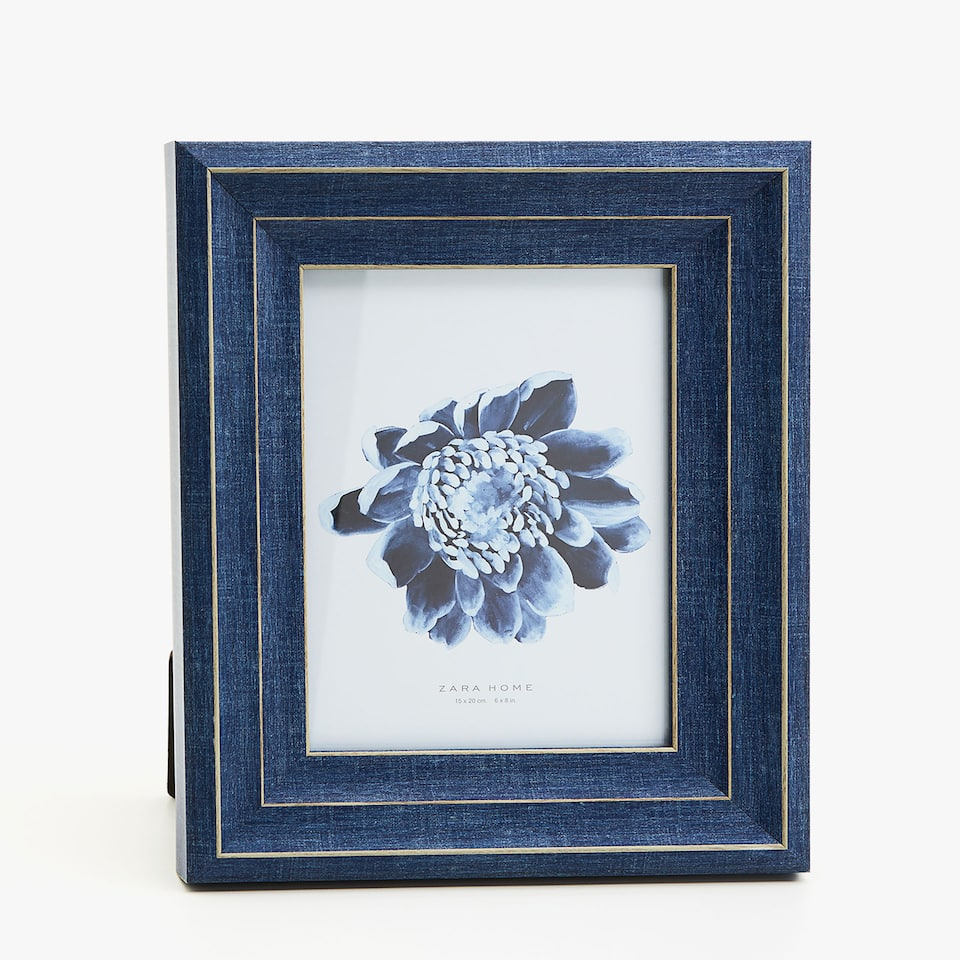 DARK BLUE TRIPLE BORDER FRAME