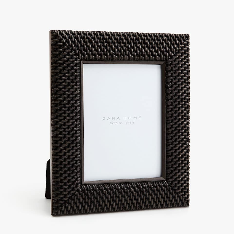BROWN FRAME WITH BRAIDED EFFECT