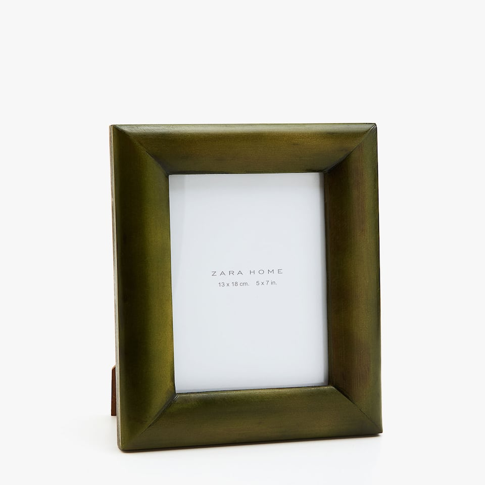 GREEN-STAINED BAMBOO FRAME