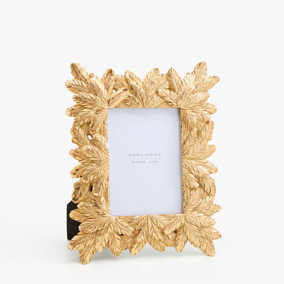 GOLD LEAVES FRAME