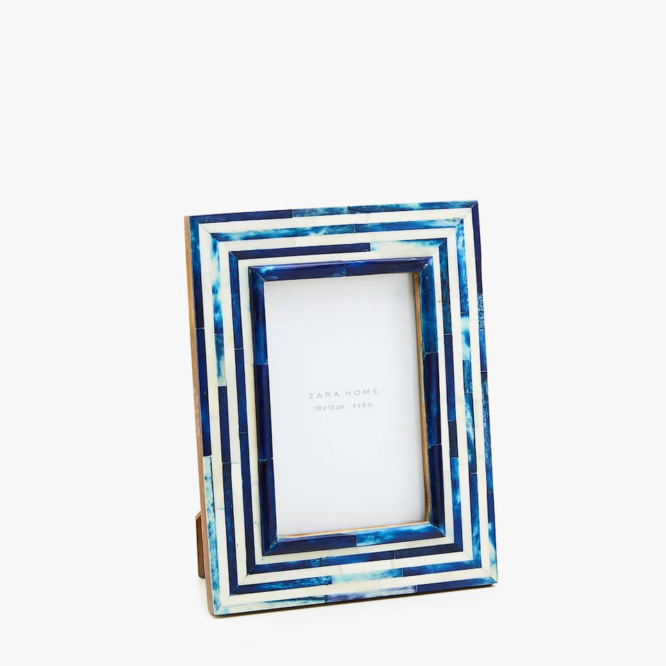 BONE-EFFECT FRAME WITH BLUE STRIPES