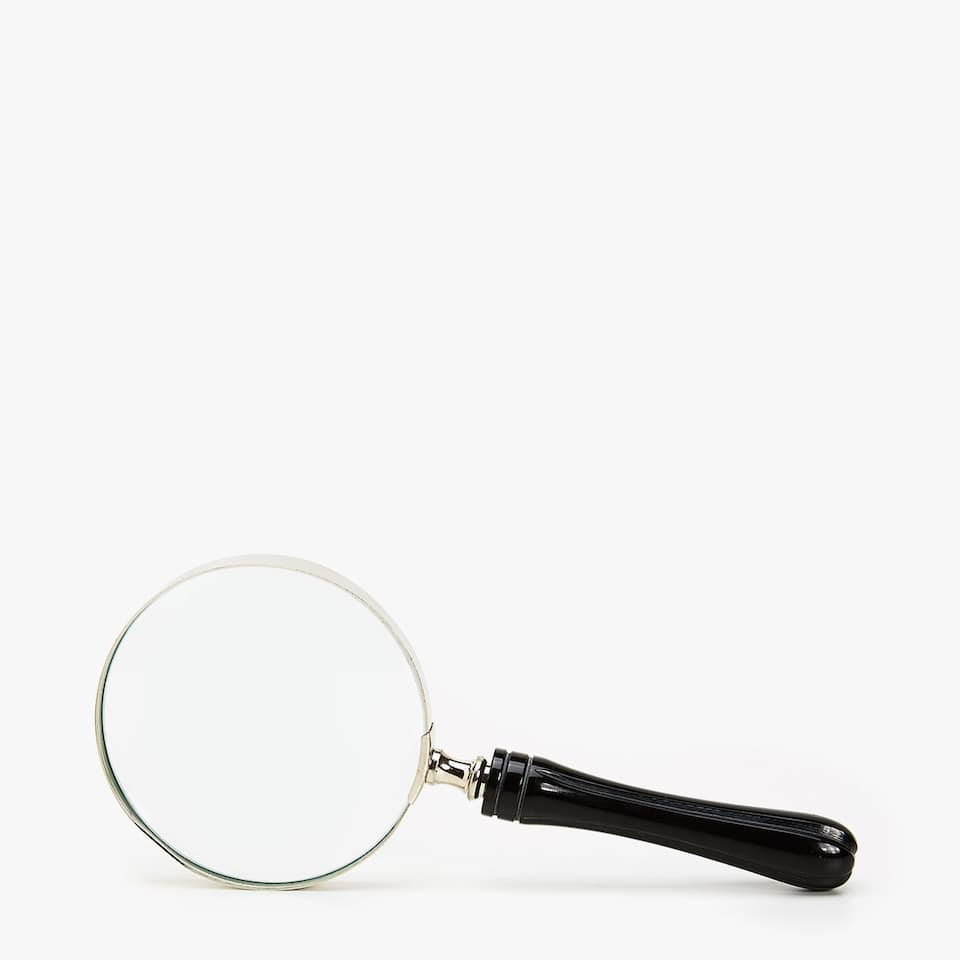 DECORATIVE MAGNIFYING GLASS WITH BLACK HANDLE