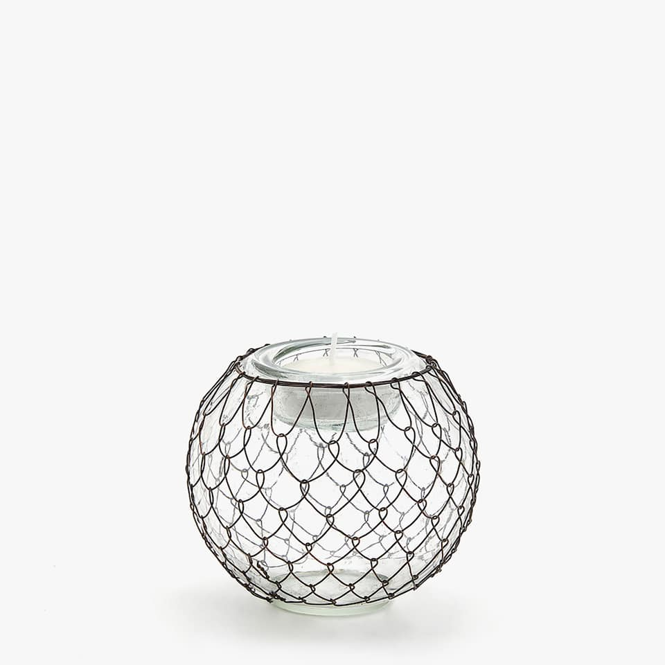 Tealight holder with netting