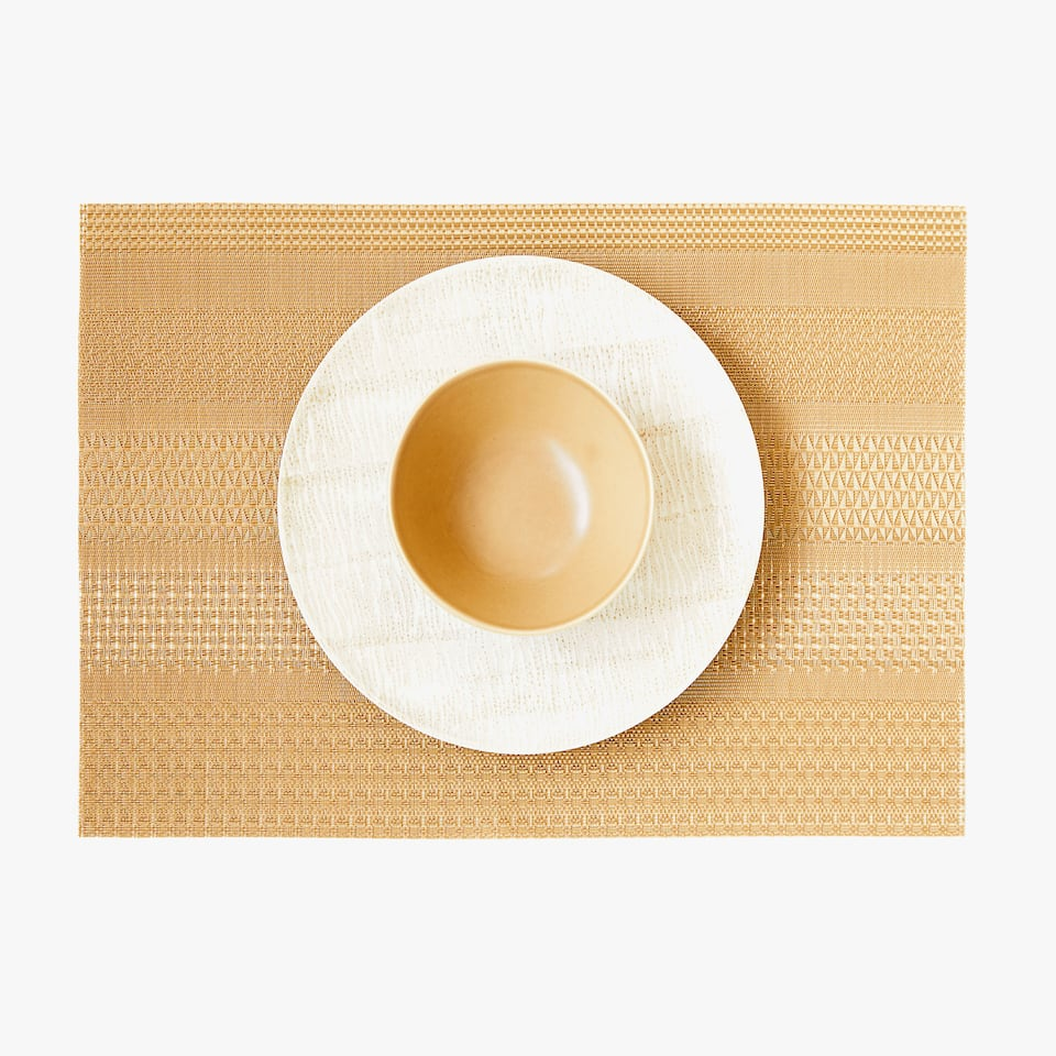 PLASTIC PLACEMAT WITH OPENWORK (SET OF 2)