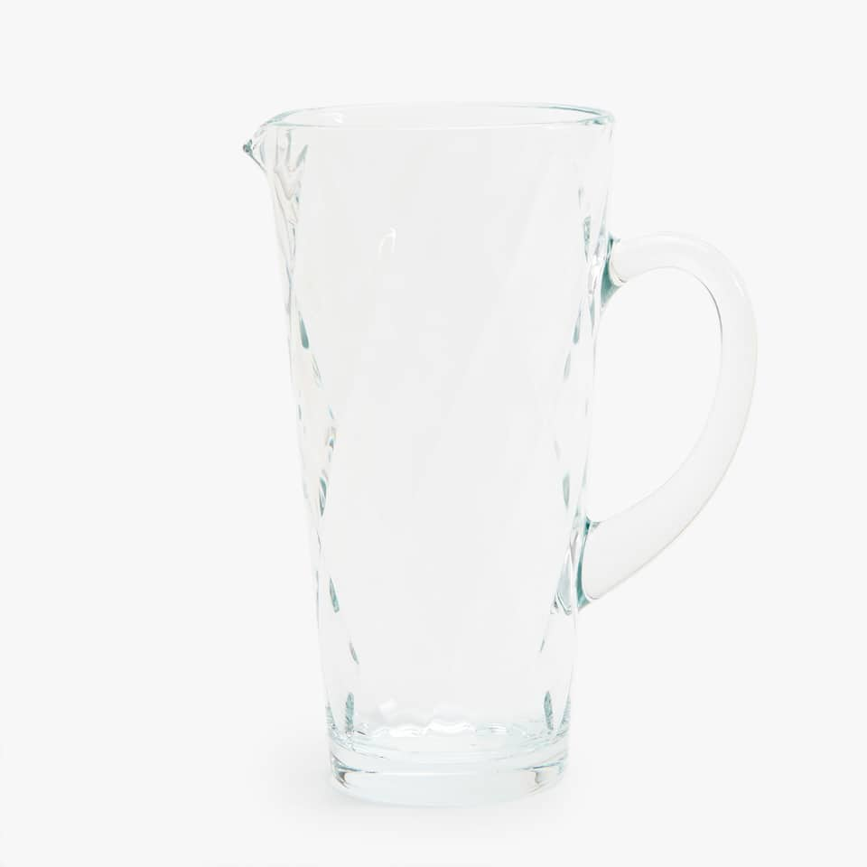 EMBOSSED PITCHER WITH DIAMOND DESIGN