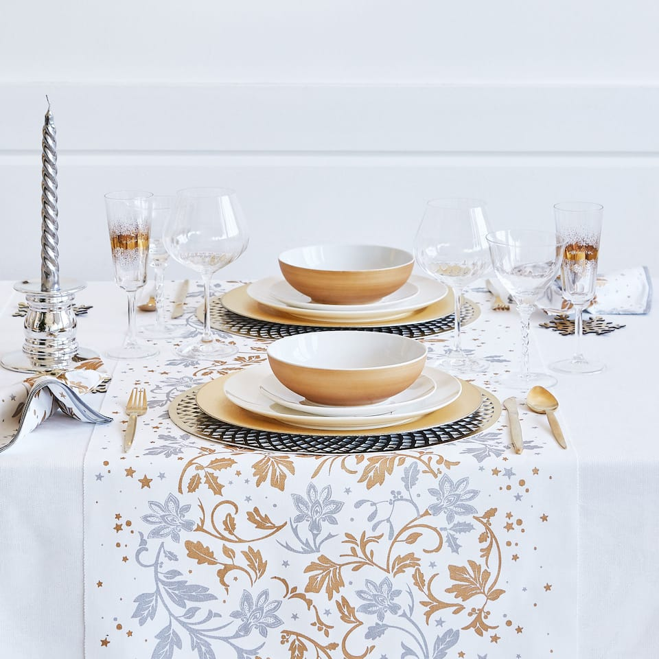Perforated round placemat