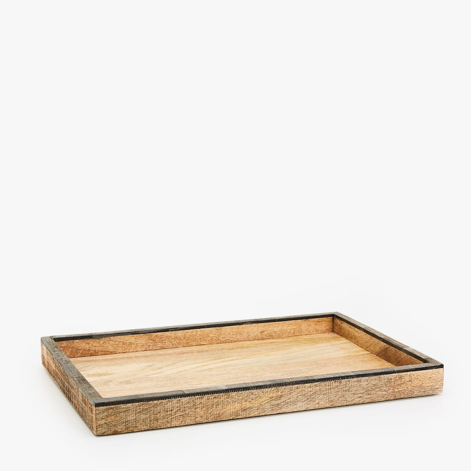 Rectangular tray with detail