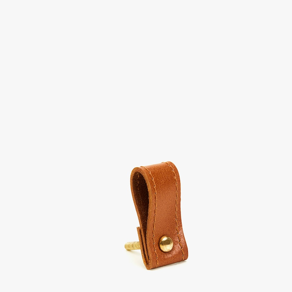 LEATHER AND METAL KNOB WITH BACKSTITCHING (SET OF 2)
