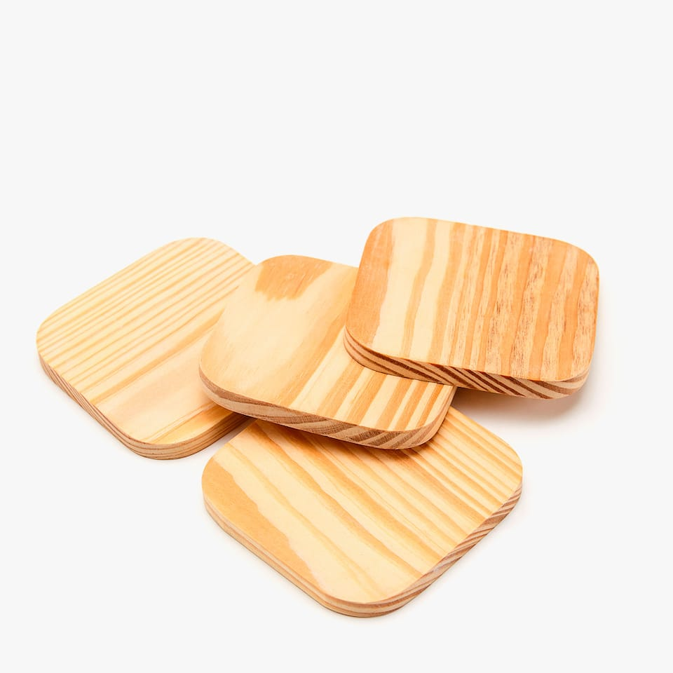 SQUARE WOODEN COASTERS (SET OF 4)