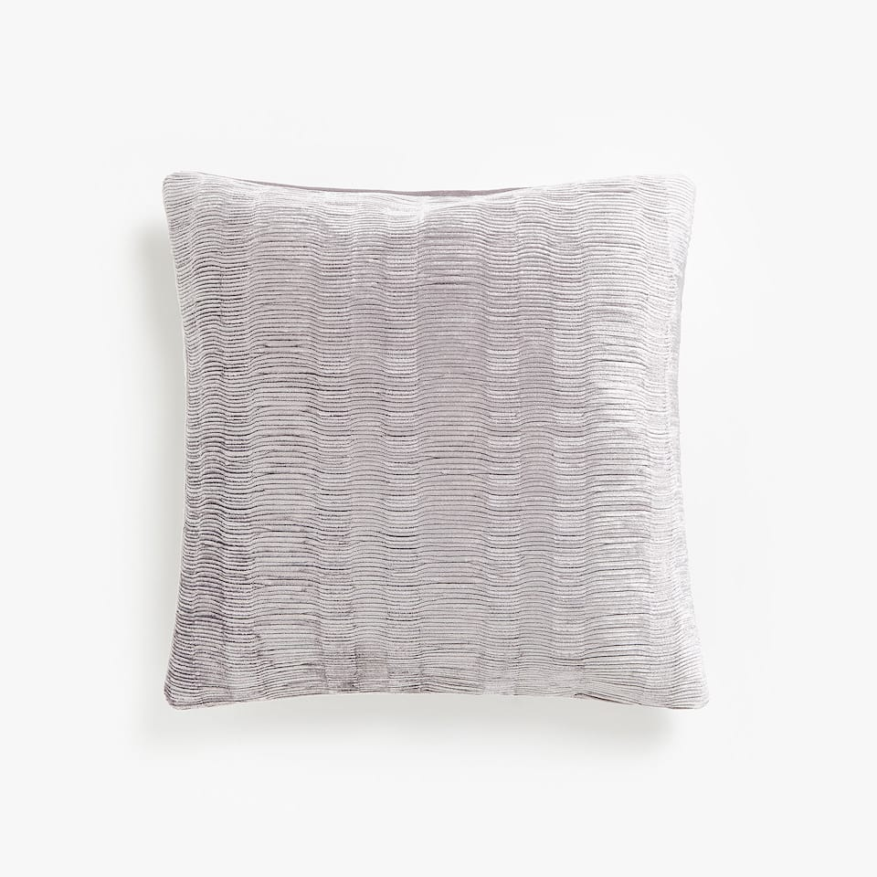 FDA COJIN RIPPLE PLEAT VELVET CUSHION