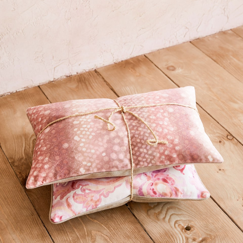 Polka dot print cushion cover