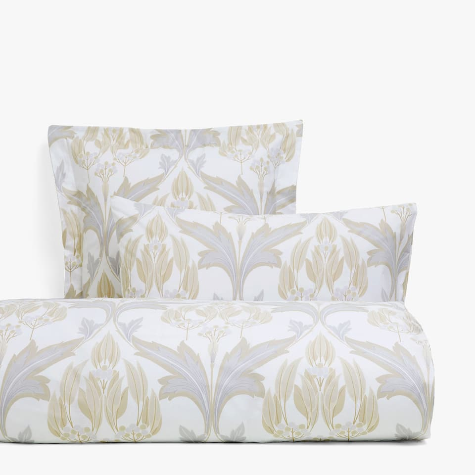 Gold and silver duvet cover with ornamental print
