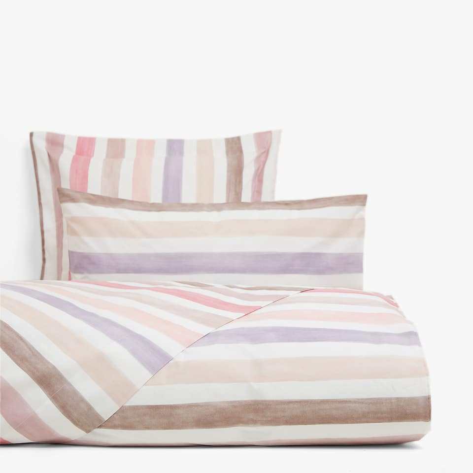 Pink duvet cover with watercolour stripes