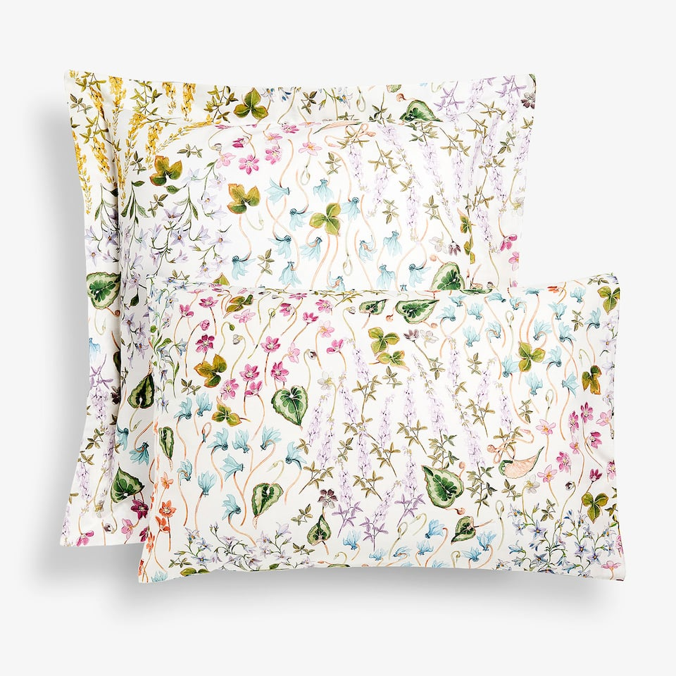 Floral and leaf print pillow case