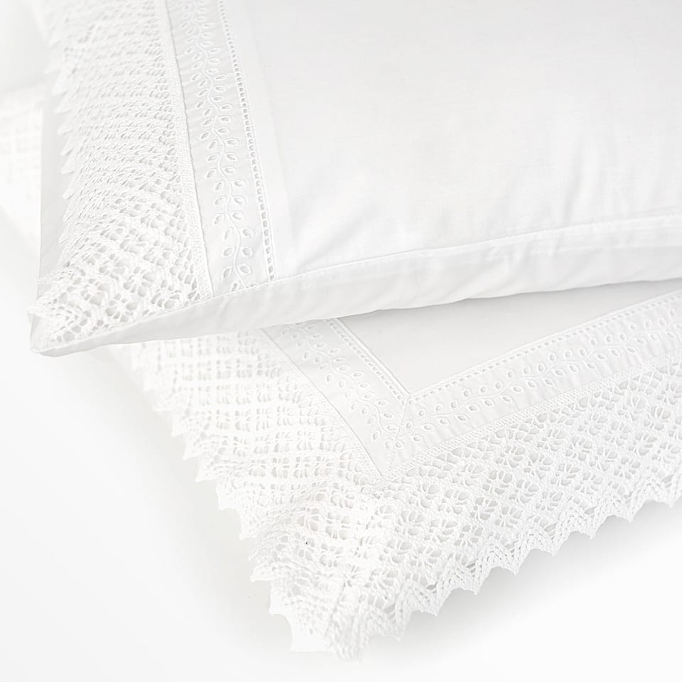 Embroidered pillow case with lace trim