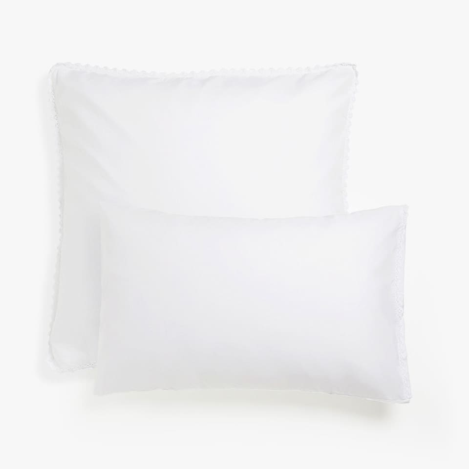 Washed percale pillow case with lace trim