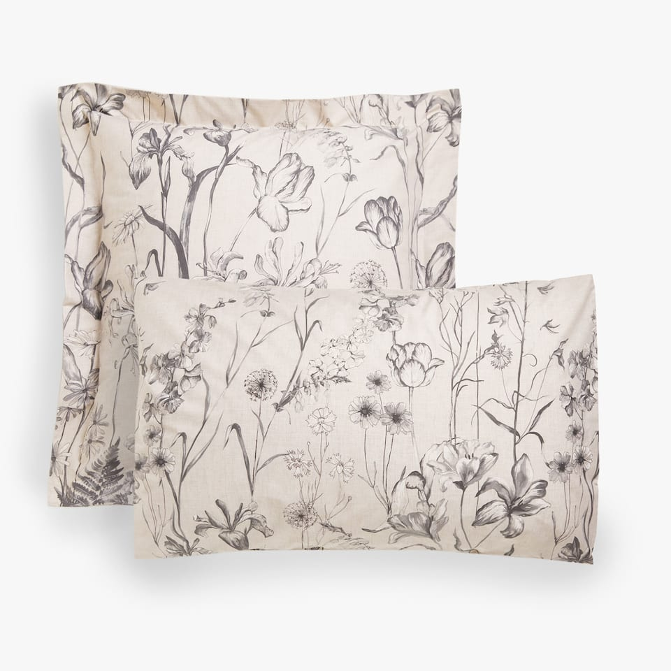 Pillow case with positional floral print