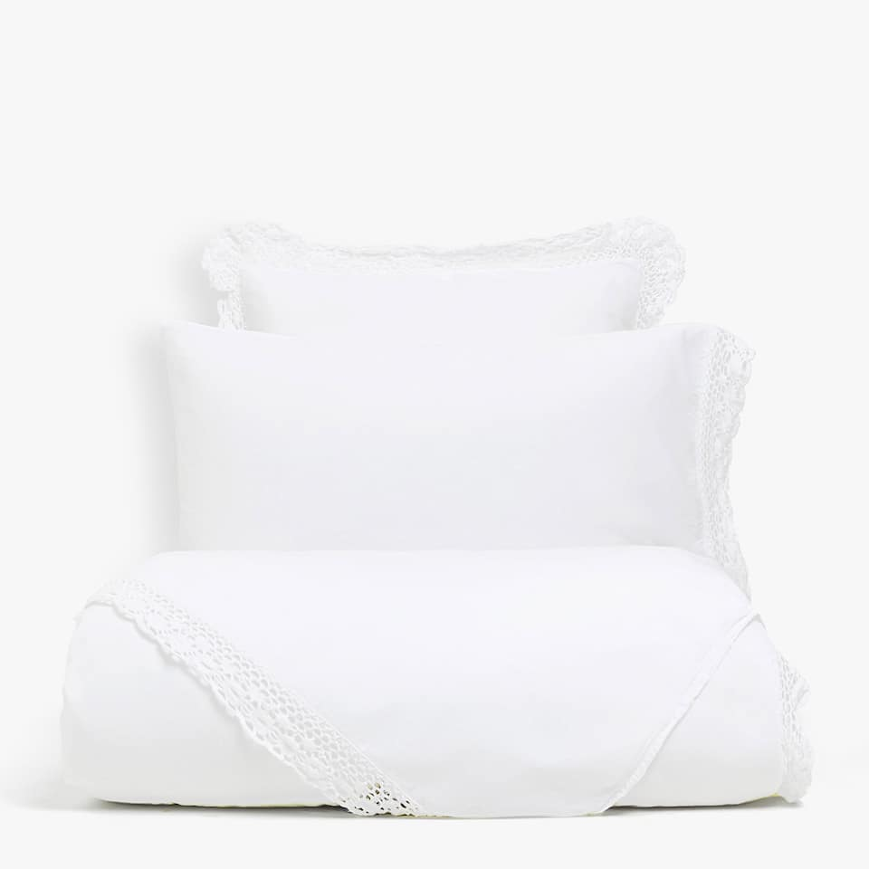 FADED PERCALE DUVET COVER WITH LACE TRIM