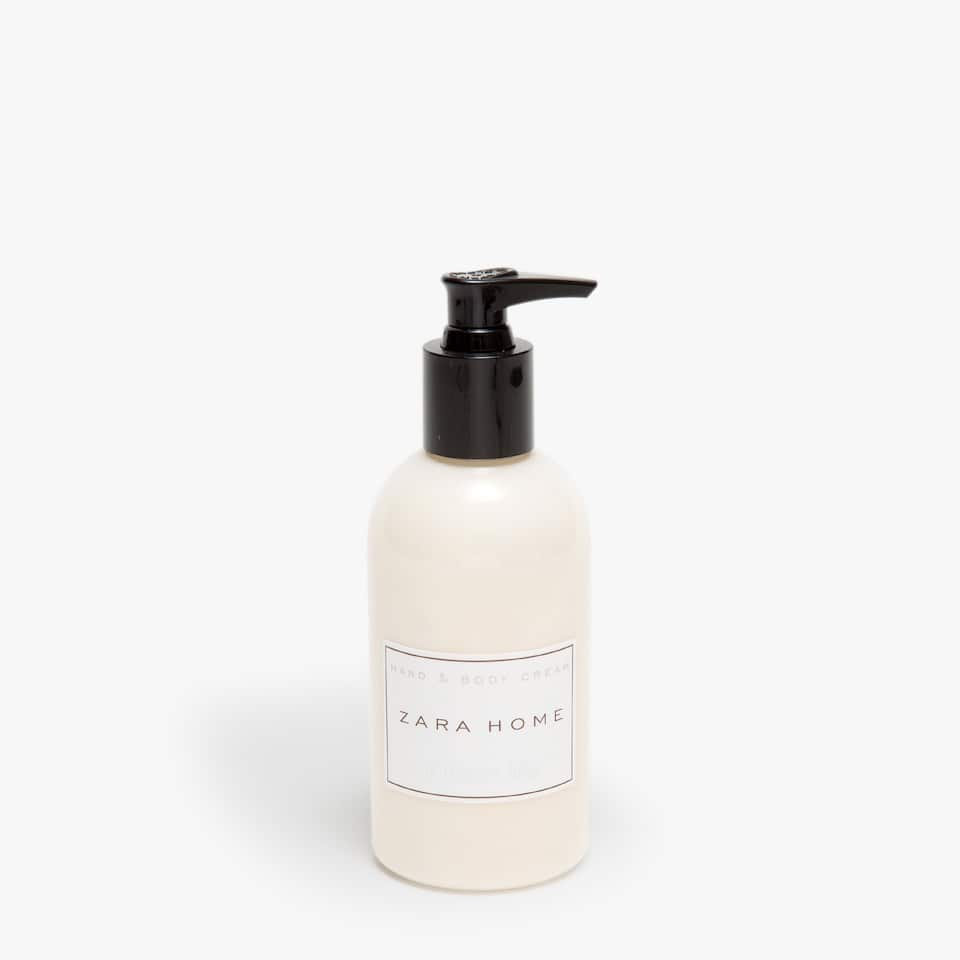 Ginger Lily Body Lotion