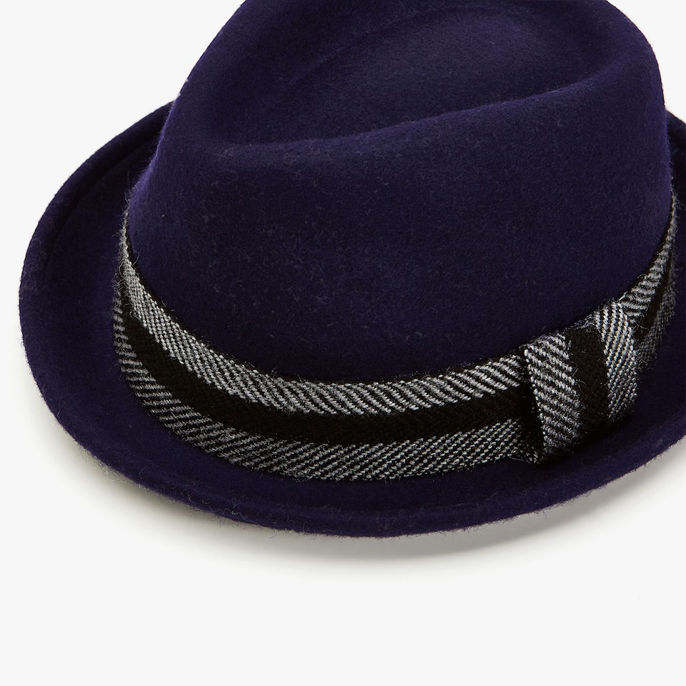 WOOL HAT WITH BAND DETAIL