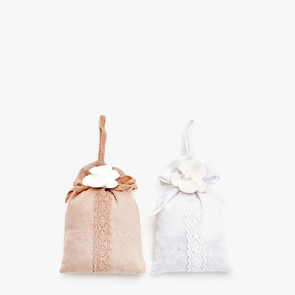 SCENTED SACHET (SET OF 2)
