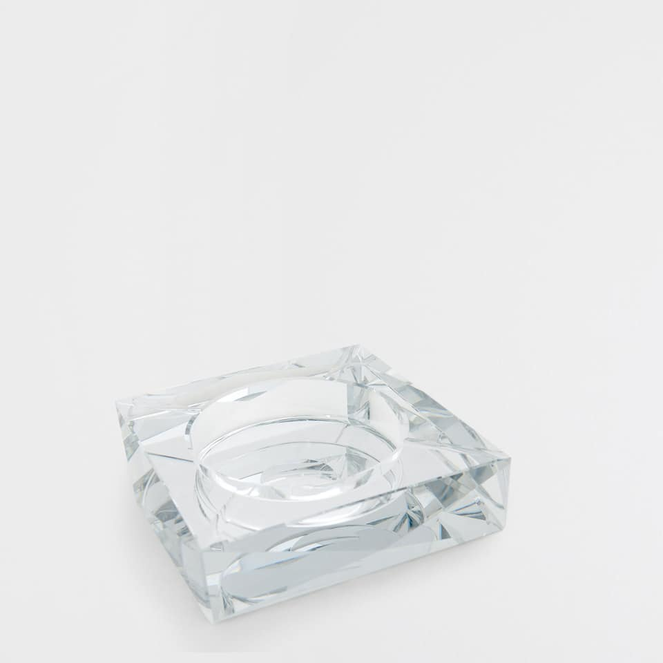GLASS ASHTRAY WITH MIRRORED EFFECT