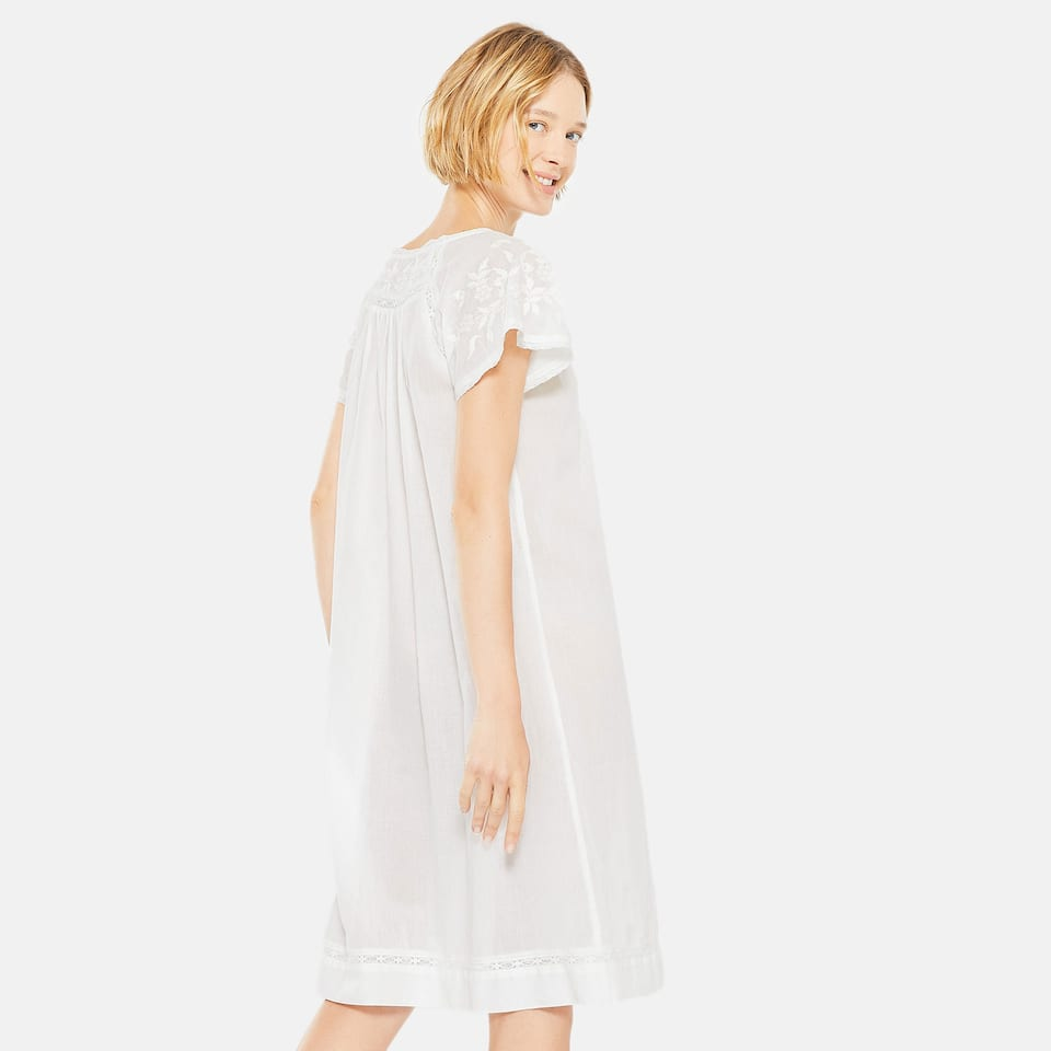 WHITE NIGHTGOWN WITH EMBROIDERED YOKE