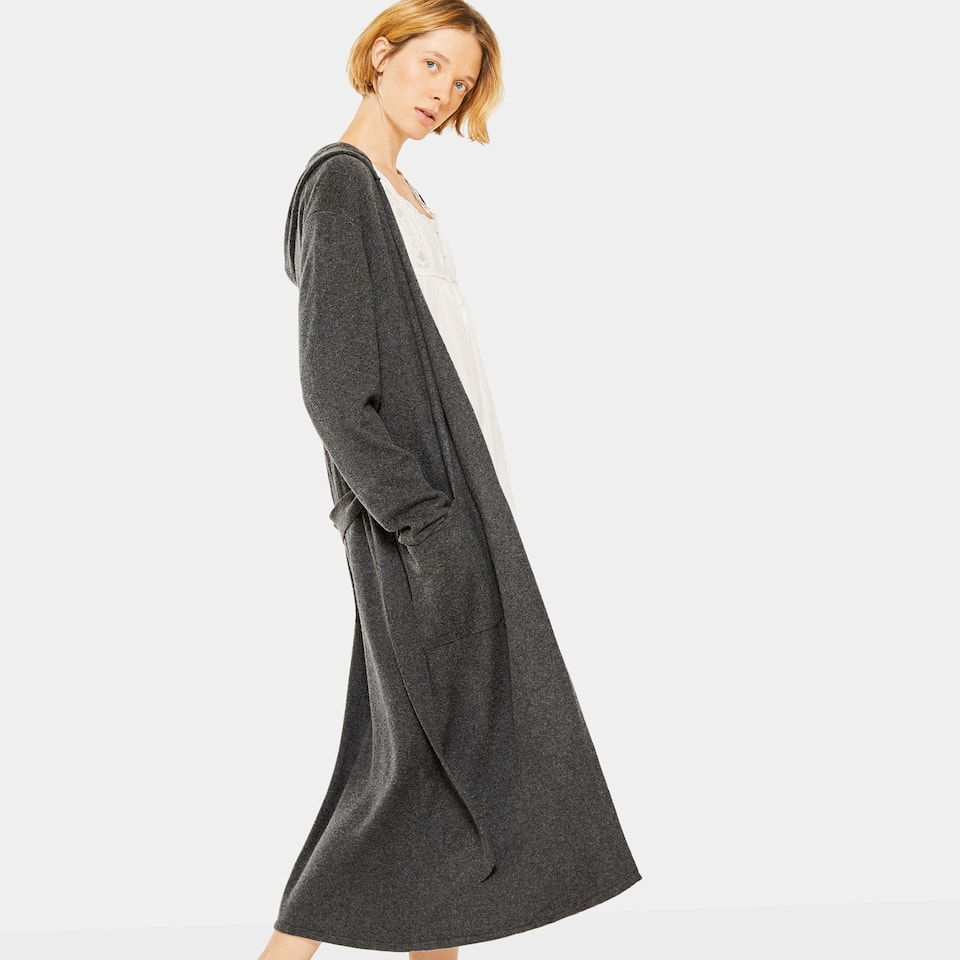 GREY KNIT DRESSING GOWN WITH HOOD