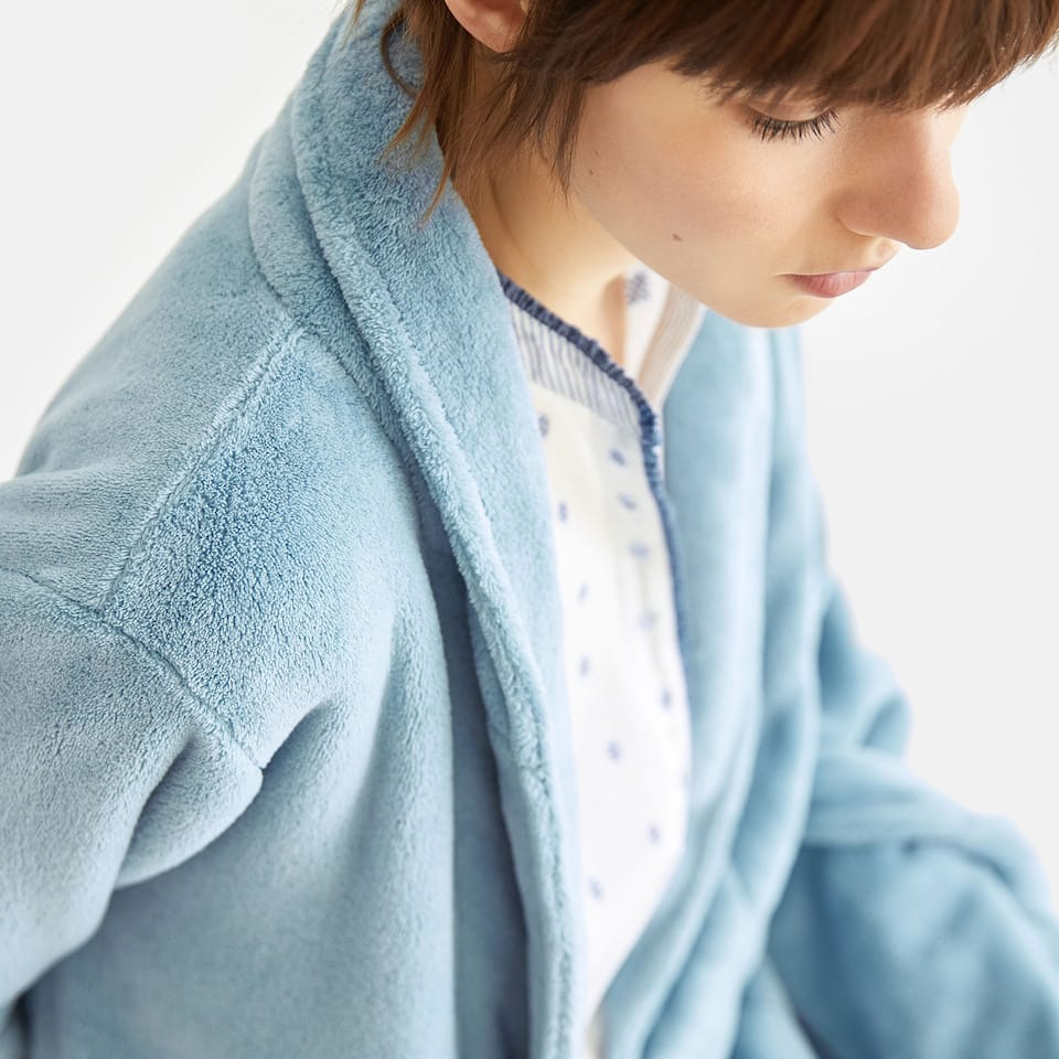 BLUE FLEECE DRESSING GOWN