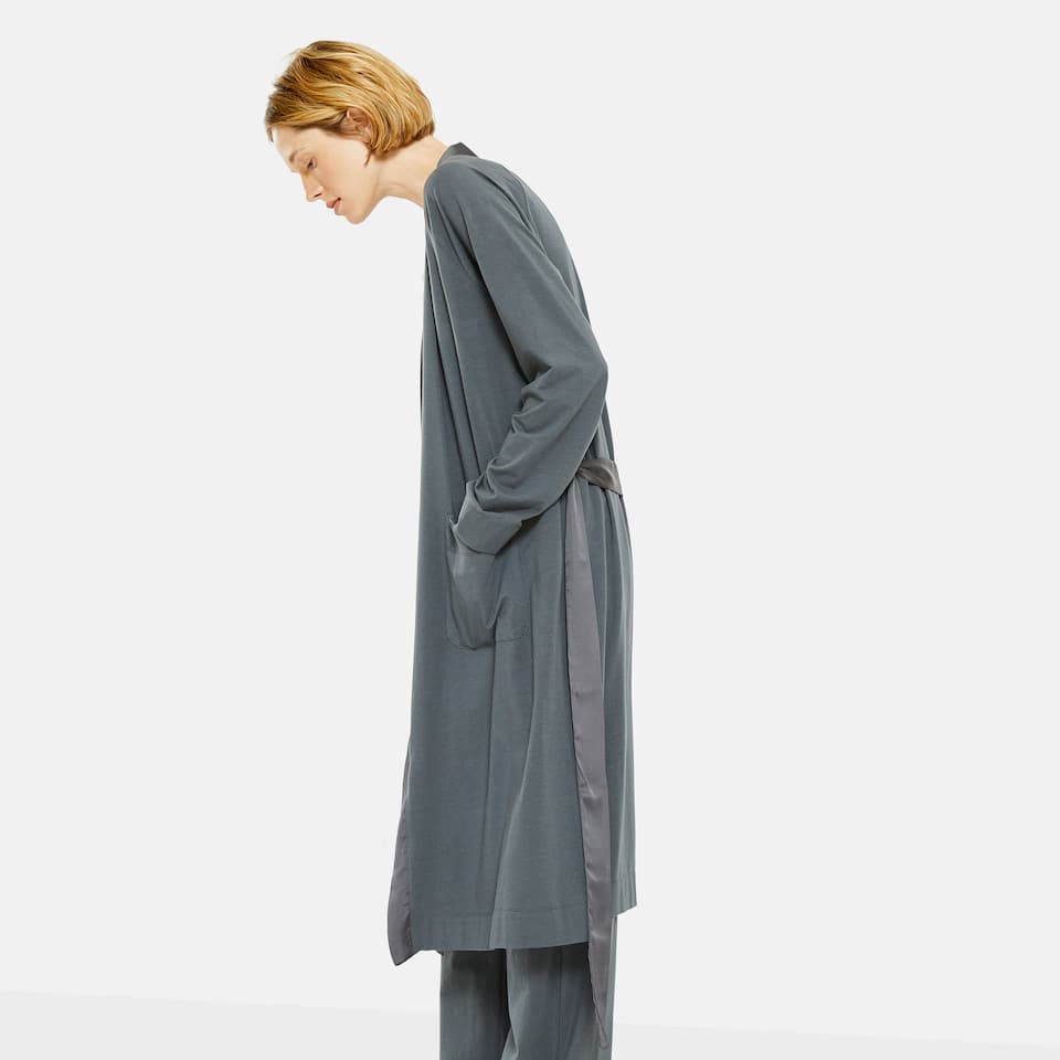 DRESSING GOWN WITH SATIN NECKLINE AND BELT
