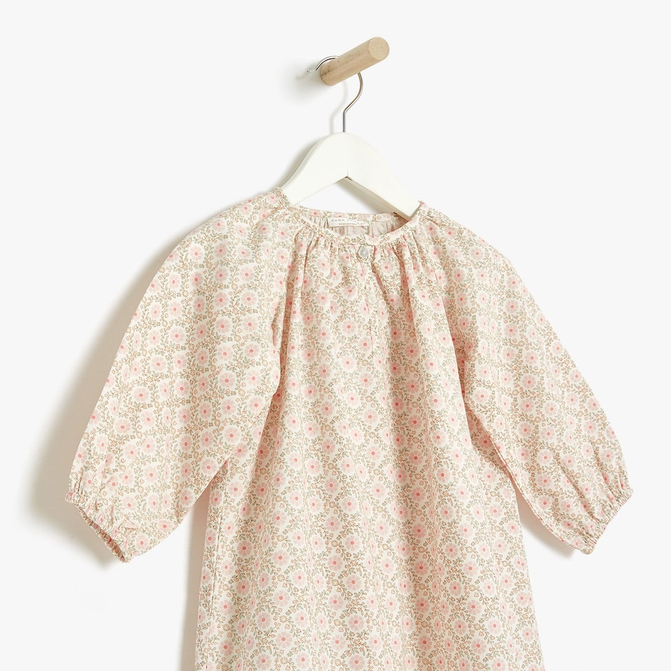 Floral print cotton nightdress