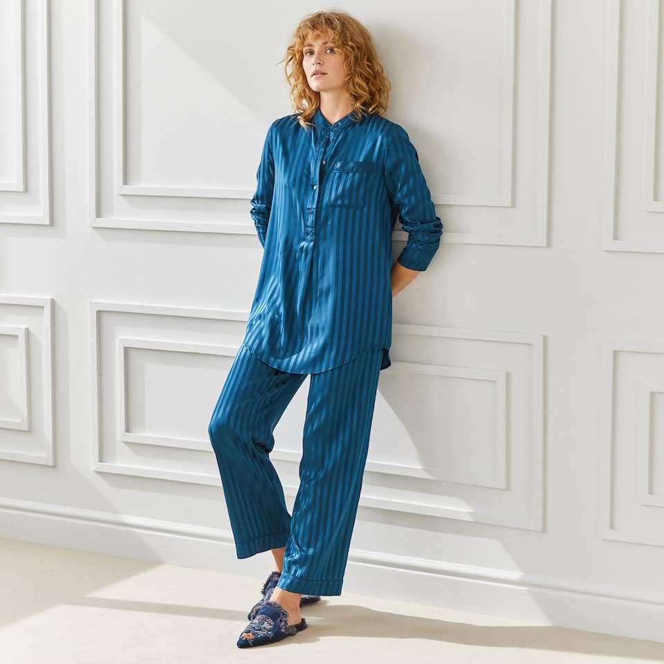 BLUE STRIPED WIDE-LEG TROUSERS