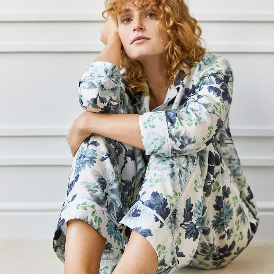 FLORAL PRINT SILK TROUSERS