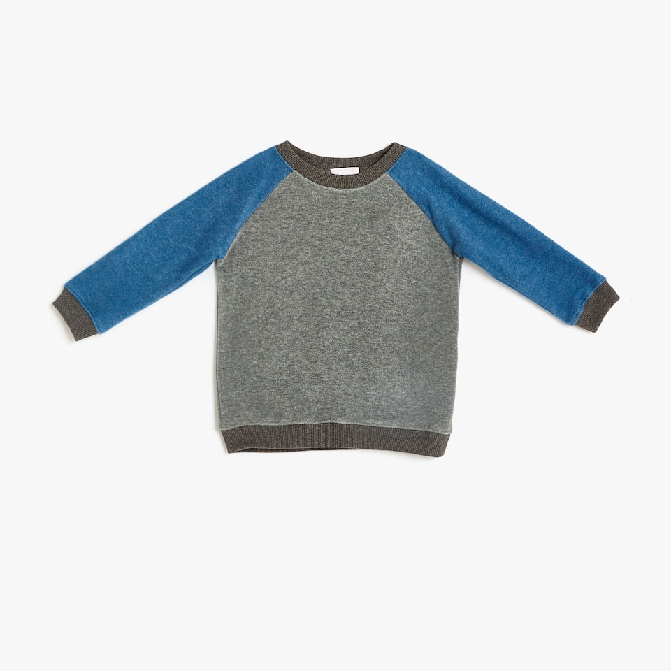 Two-tone fleece sweatshirt