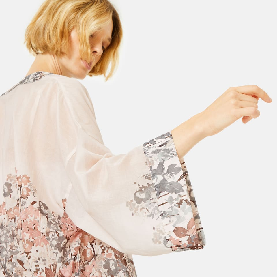 MULTICOLOURED FLORAL PRINT LONG SLEEVE COTTON KIMONO