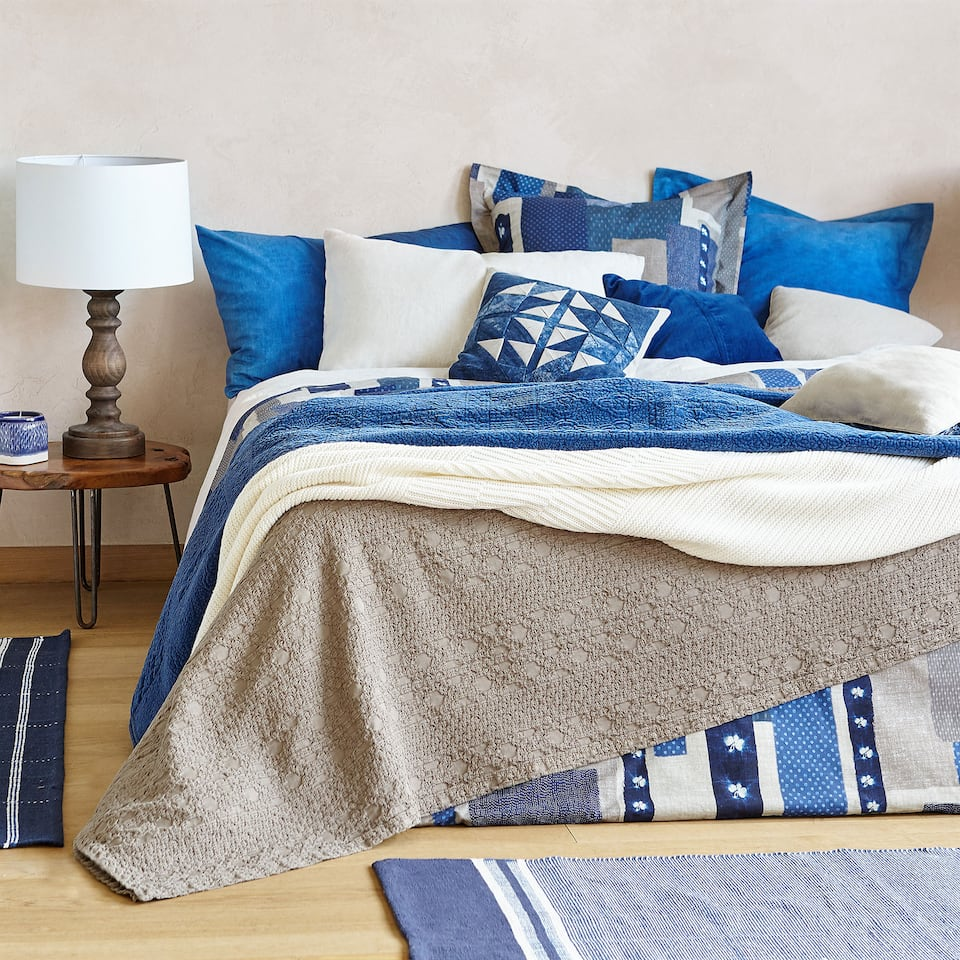 RUGGED COTTON BEDSPREAD