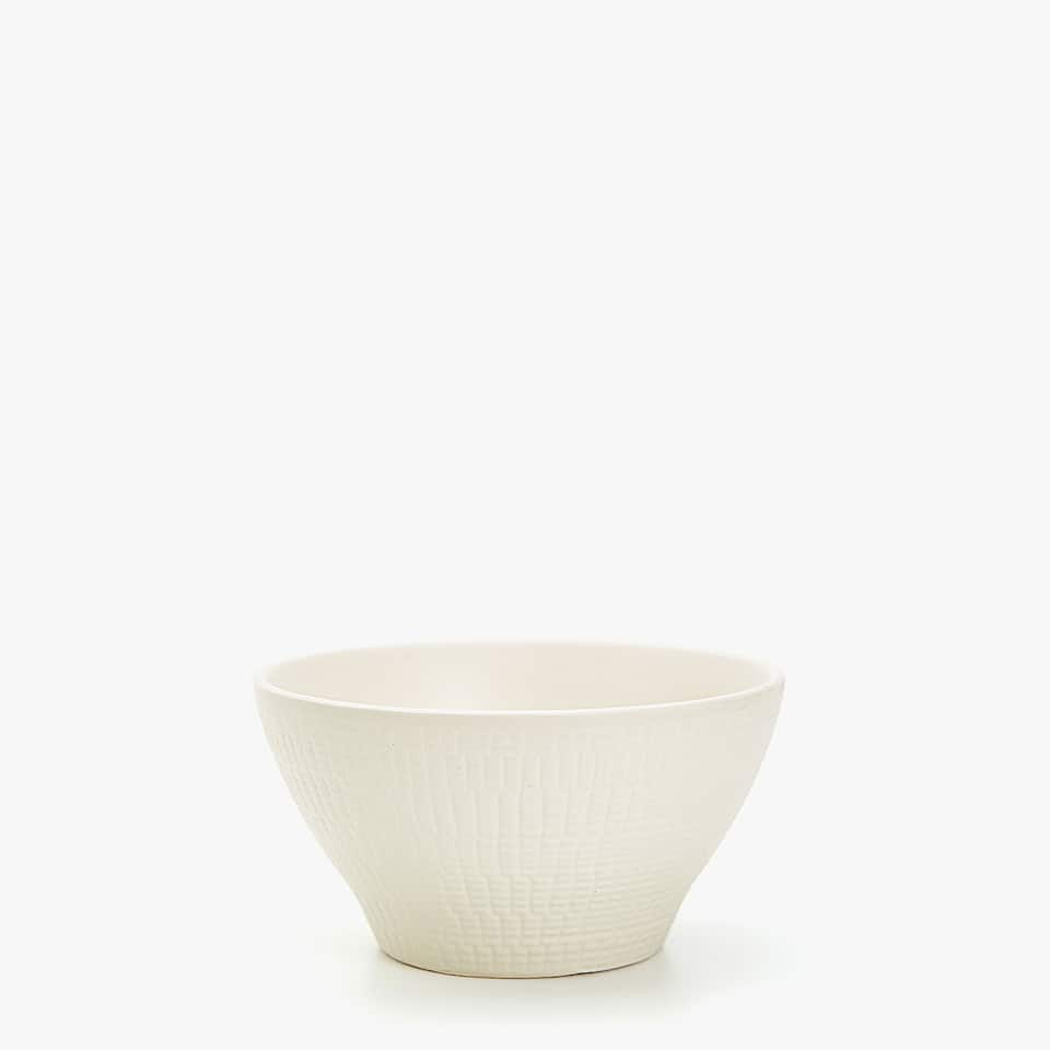 STONEWARE BOWL WITH RAISED DESIGN