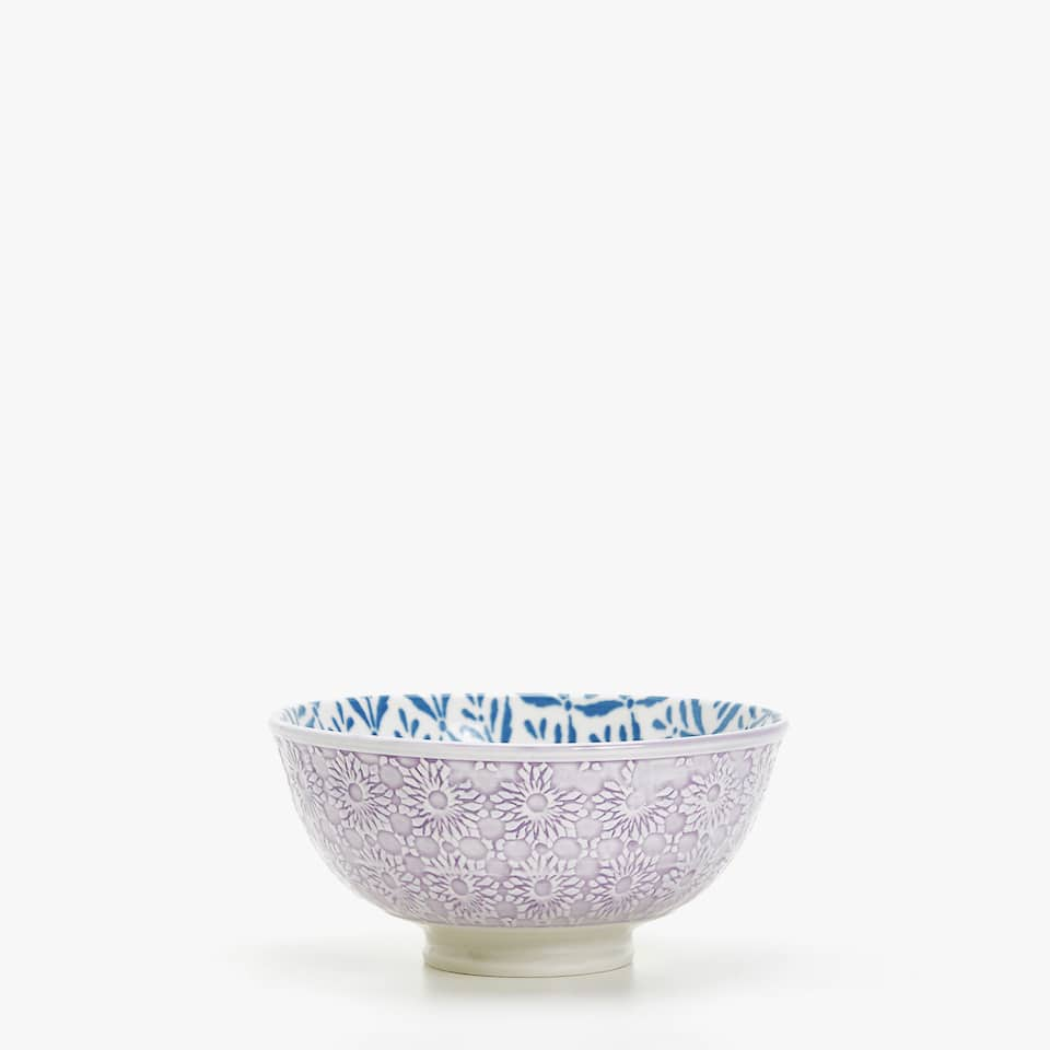 PORCELAIN BOWL WITH PINK RELIEF DESIGN