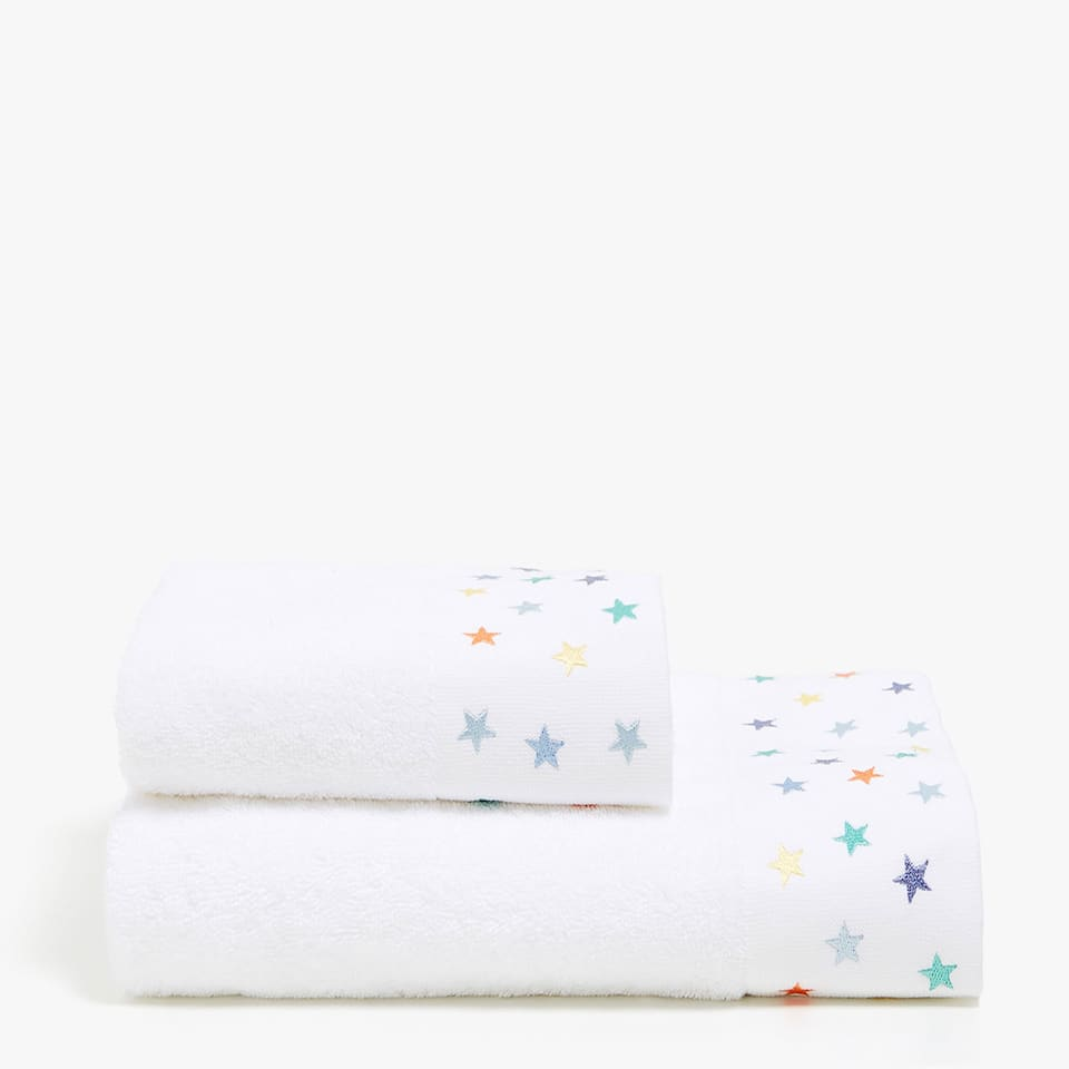 LACE-TRIMMED TOWEL WITH EMBROIDERED STARS