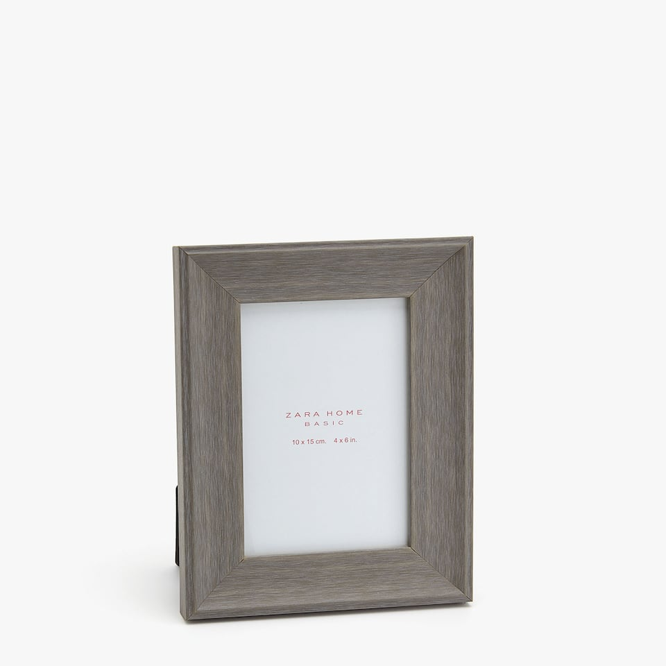GREY FAUX WOODEN FRAME