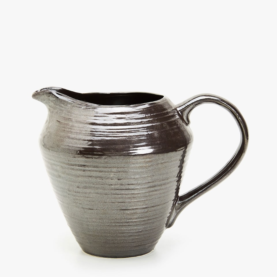 GREY PITCHER WITH METALLIC FINISH