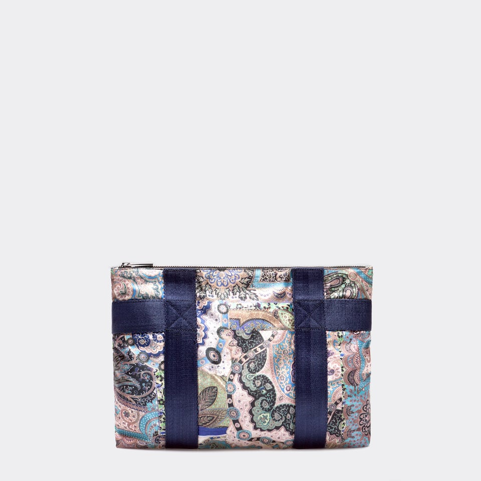 PATCH PRINTED TOILETRY BAG