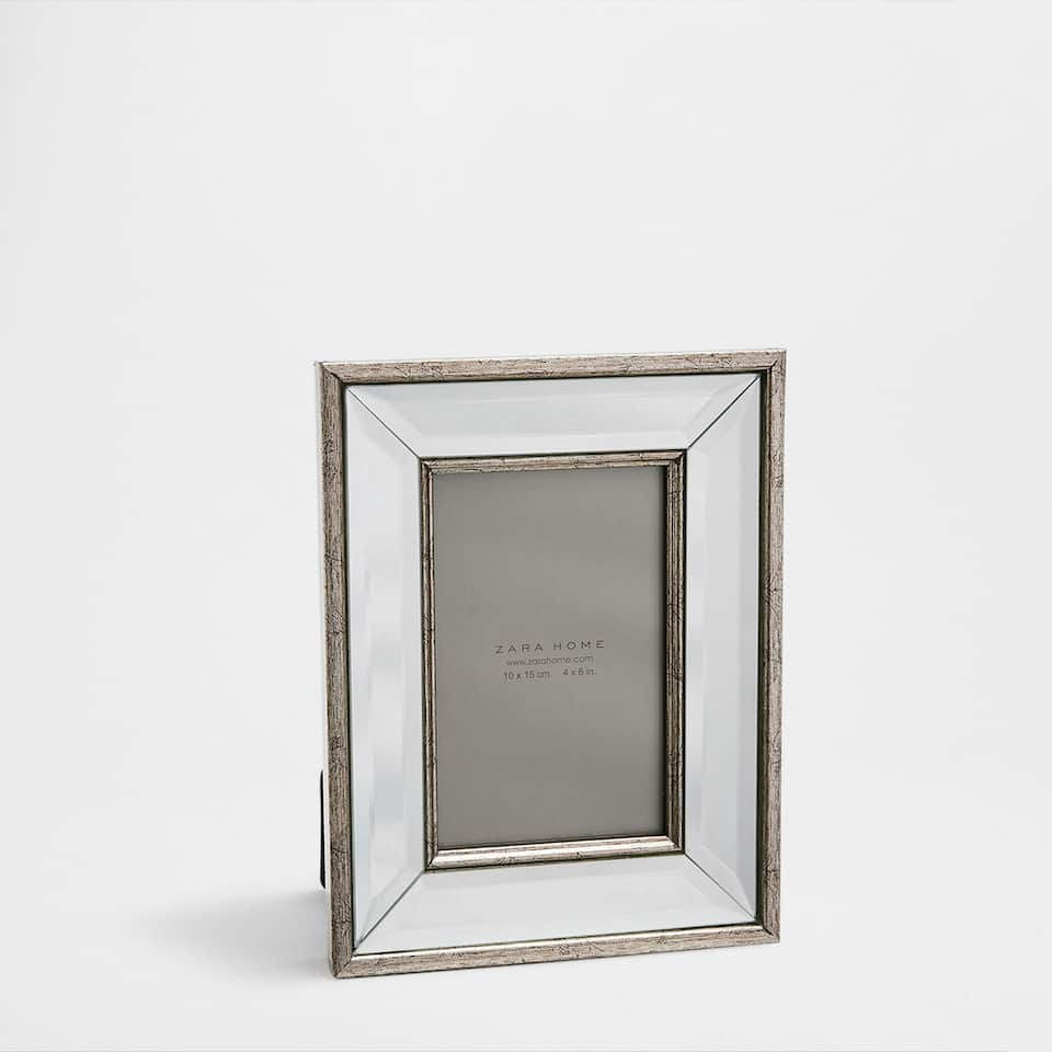 Mirror frame with a champagne double border