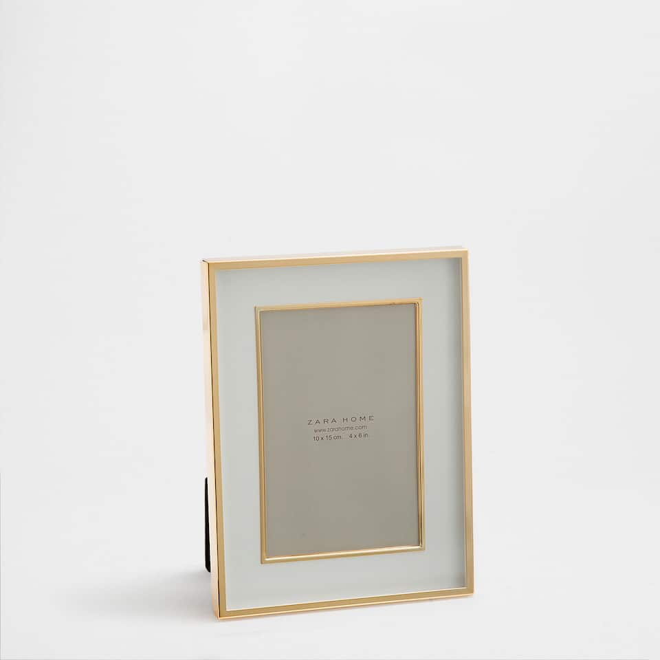 Metal frame with a golden double border