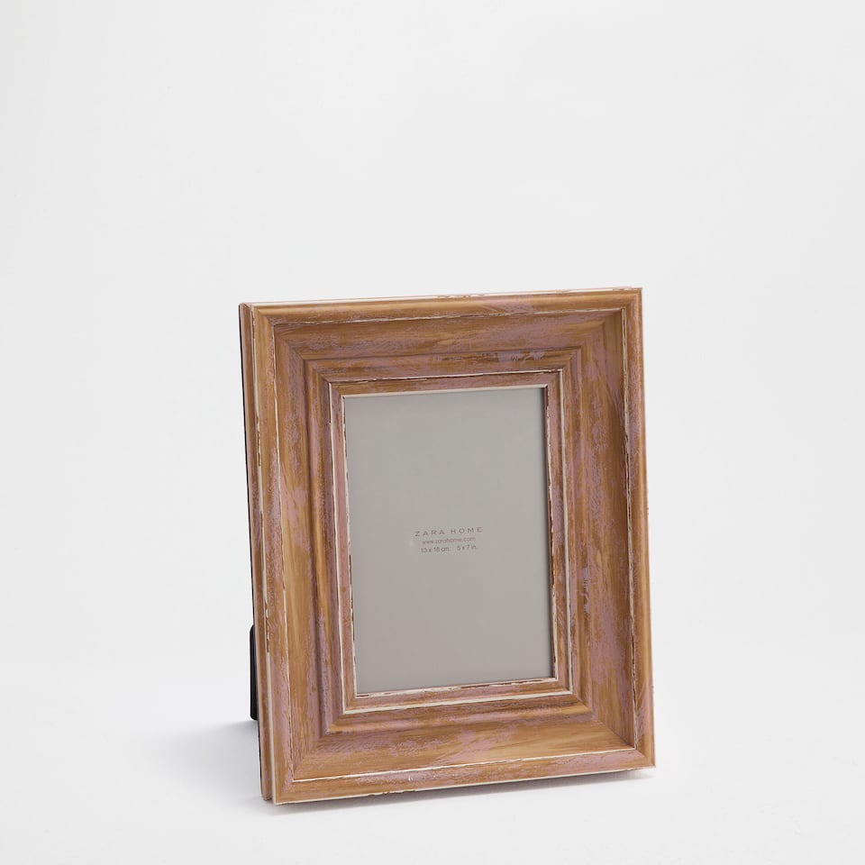 Antique-finish classic pink frame