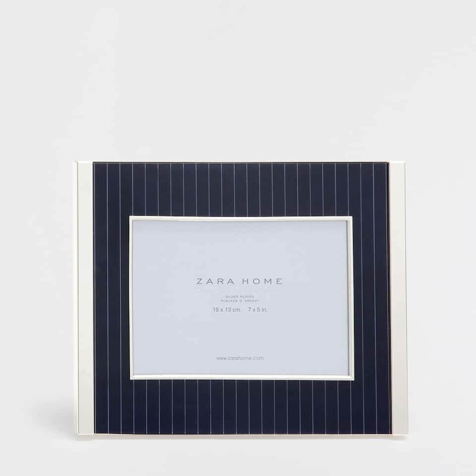 Blue striped frame with metal edges