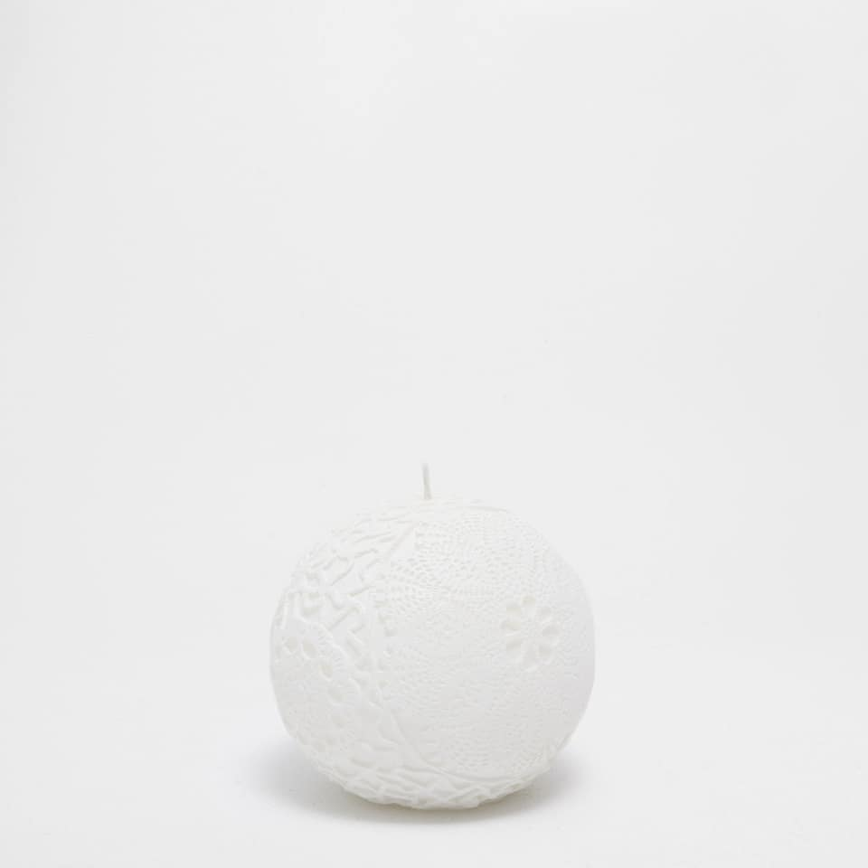 Sculpted Pattern Candle