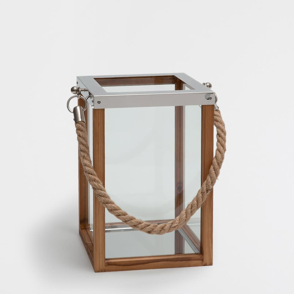 Wood and metal lantern with jute handle